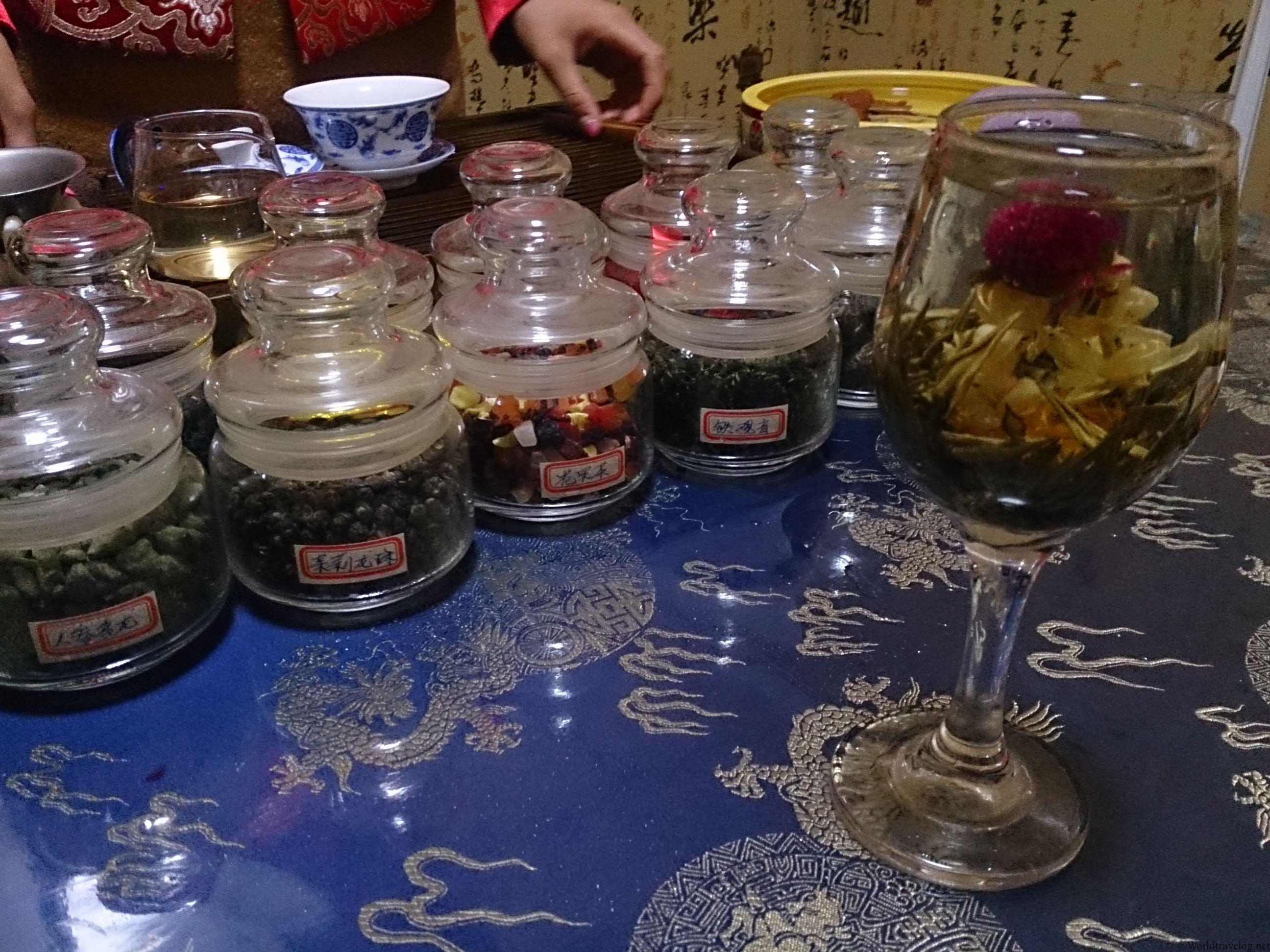 上海豫園名物のお茶(ティーセレモニー)詐欺
