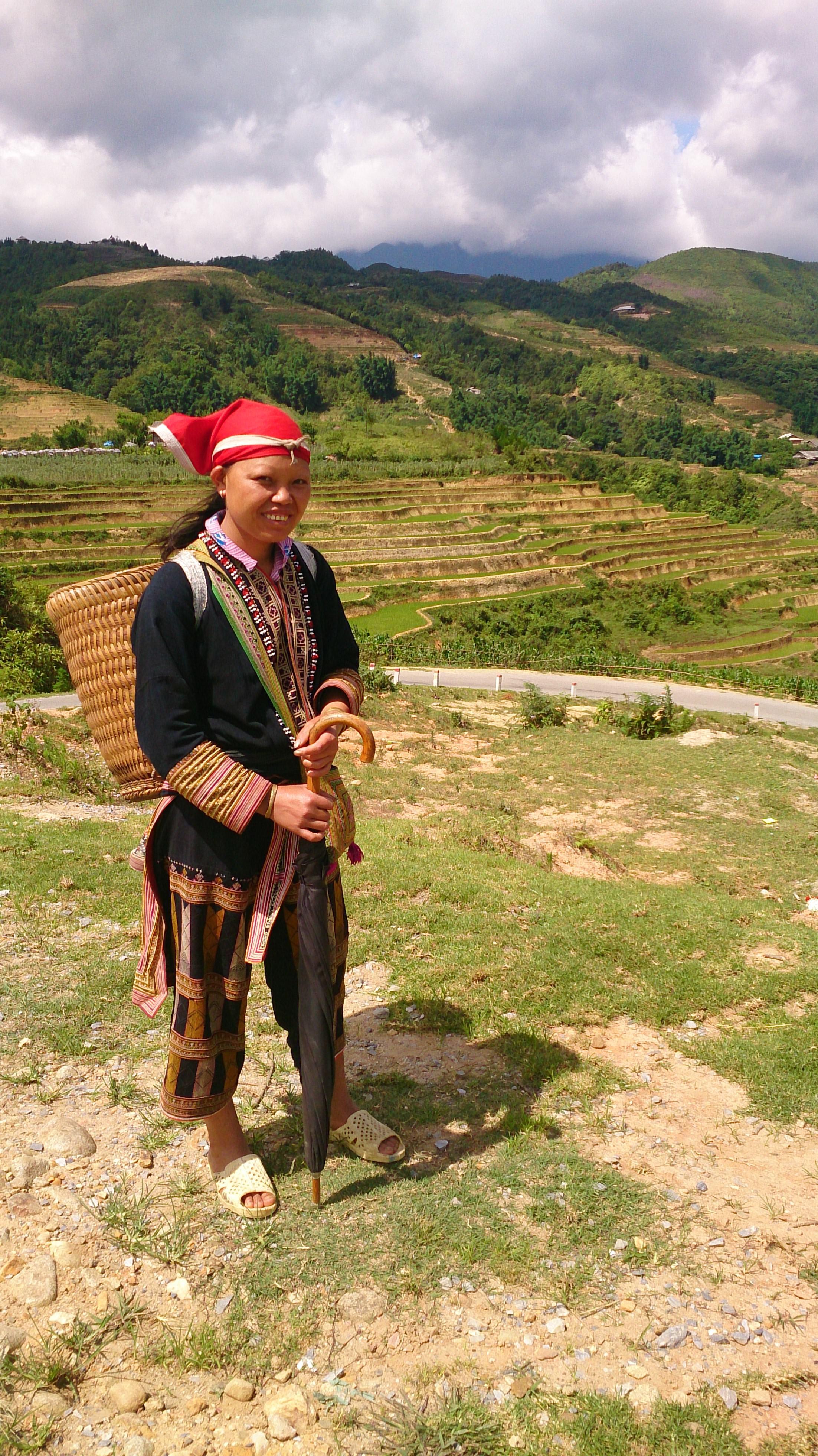 バイタクで赤ザオ族の住まう村落へ!