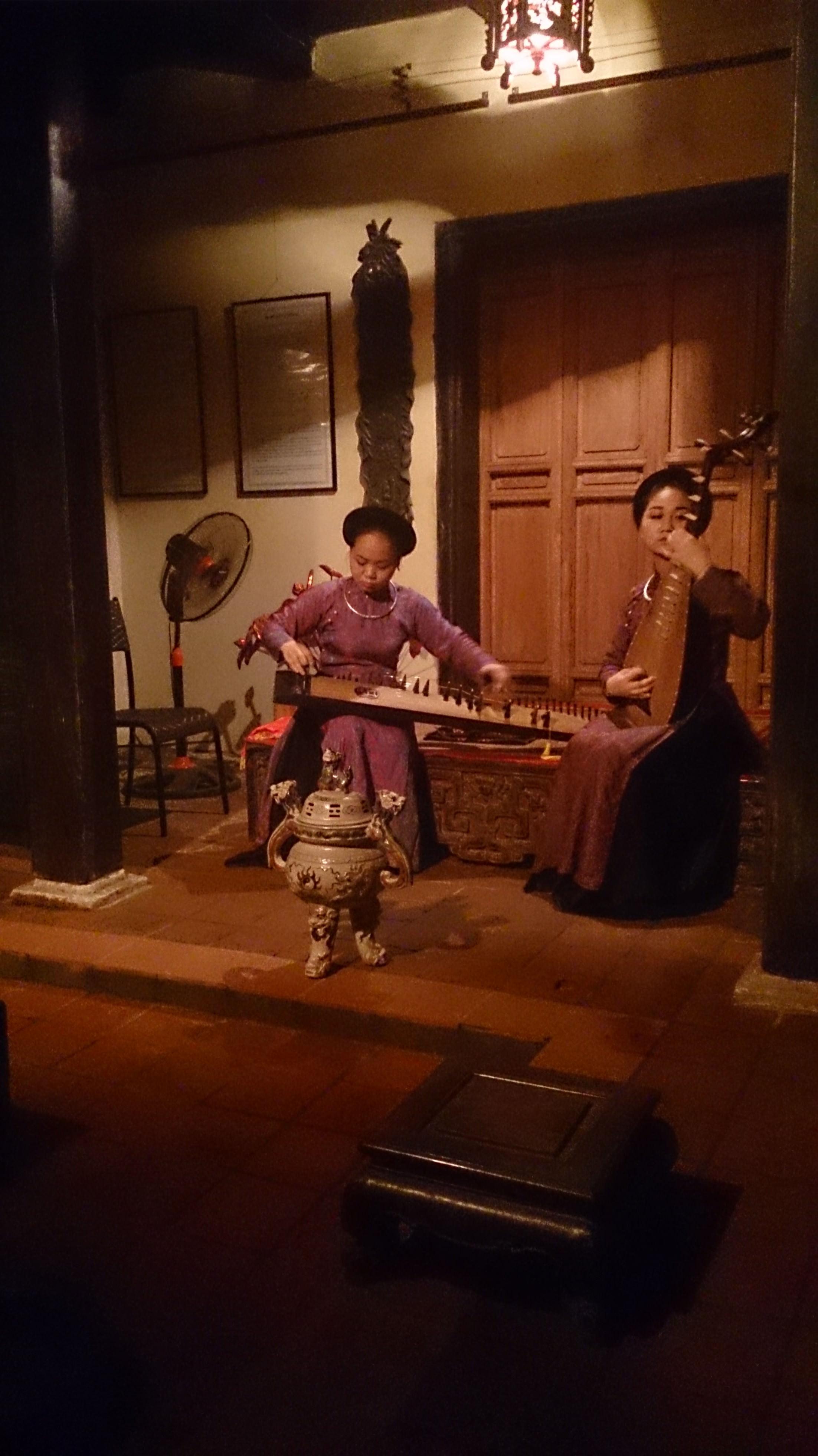 ベトナムの伝統芸能 カー・チュー@旧家保存館