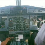イエティ航空のマウンテンフライトでヒマラヤ山脈を遊覧飛行