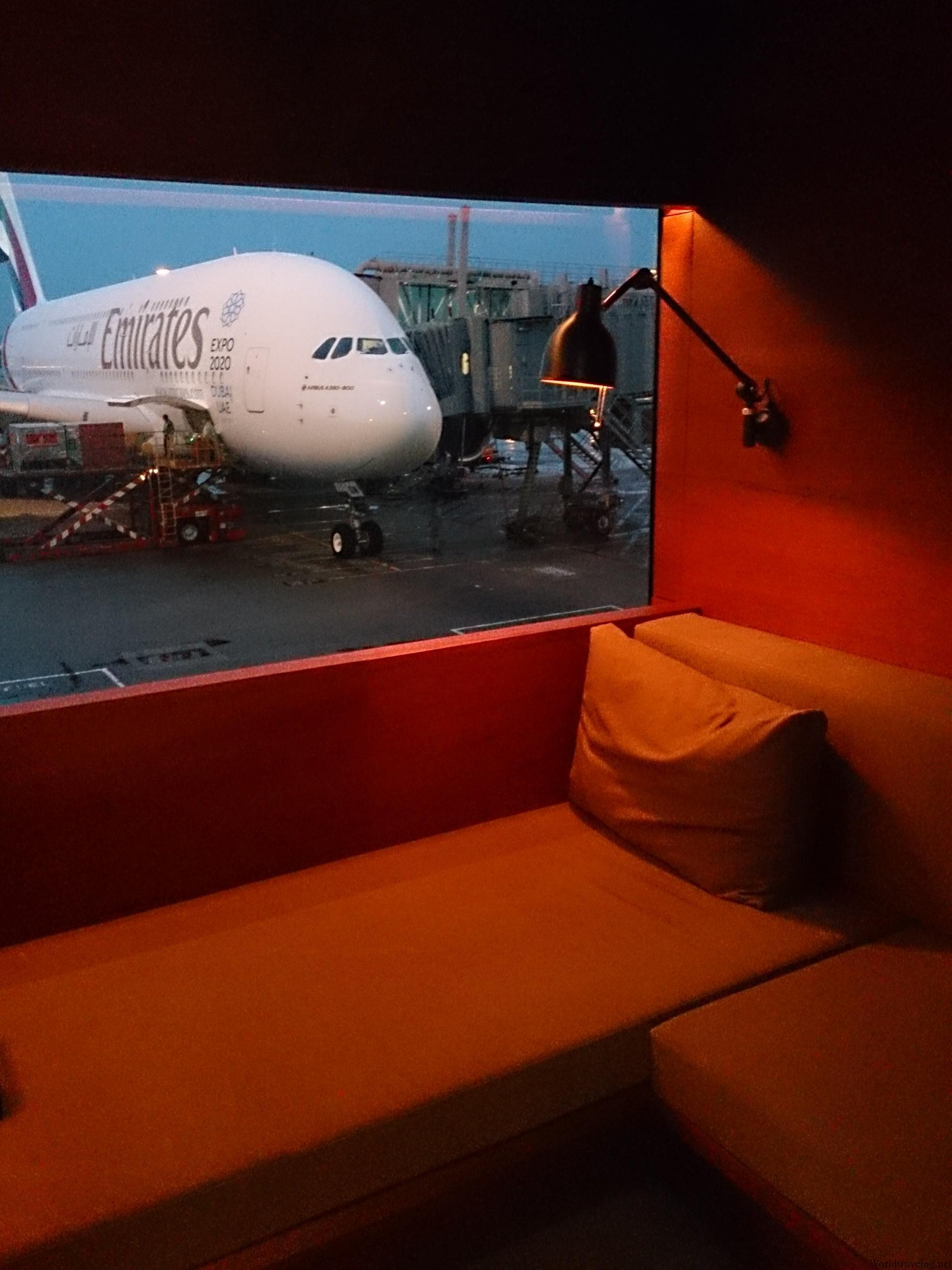 CX765は赤雨警報で大幅遅延 香港⇒ホーチミン市 A33Z