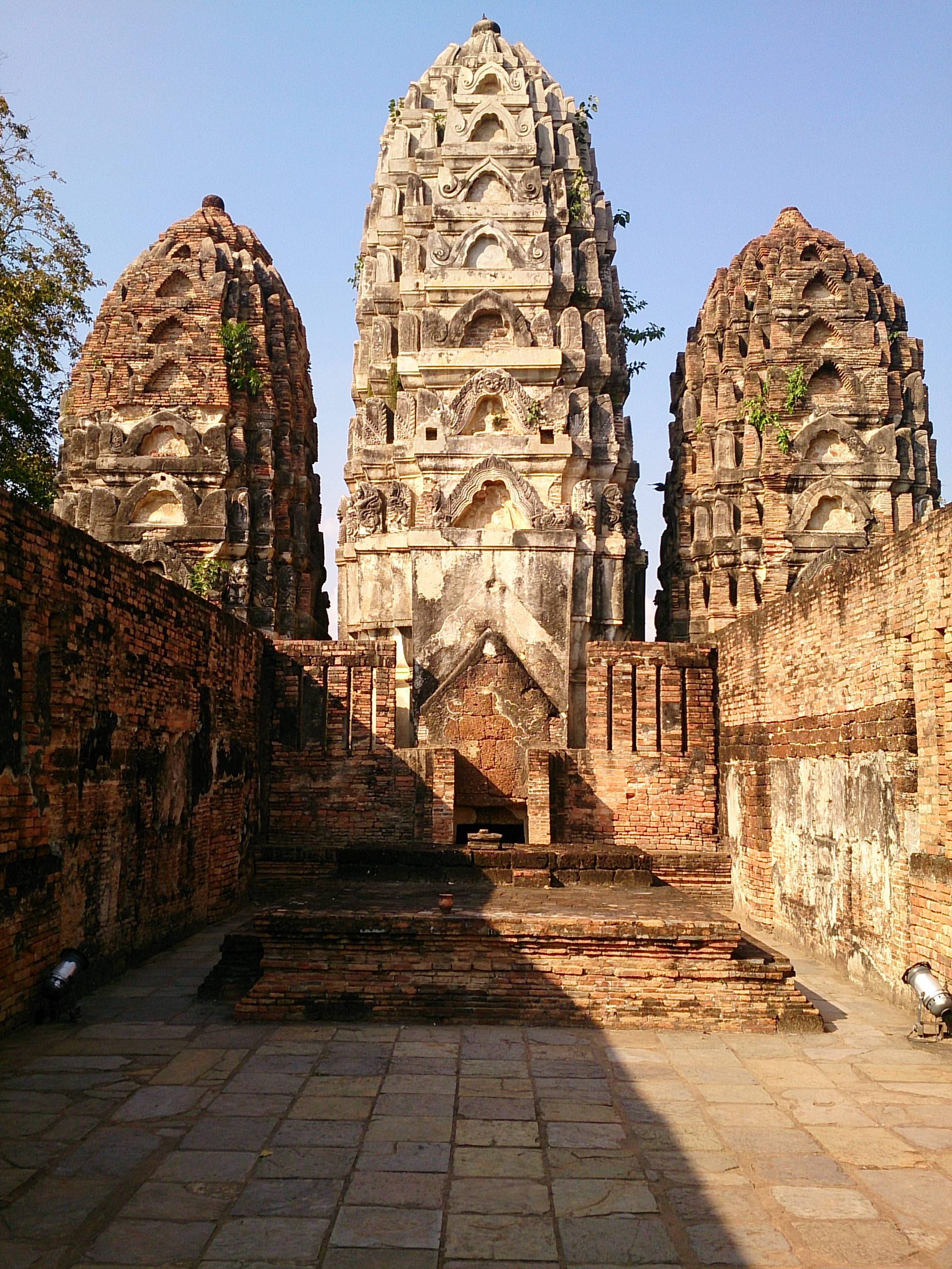 元ヒンドゥー寺院のワット・シー・サワーイ