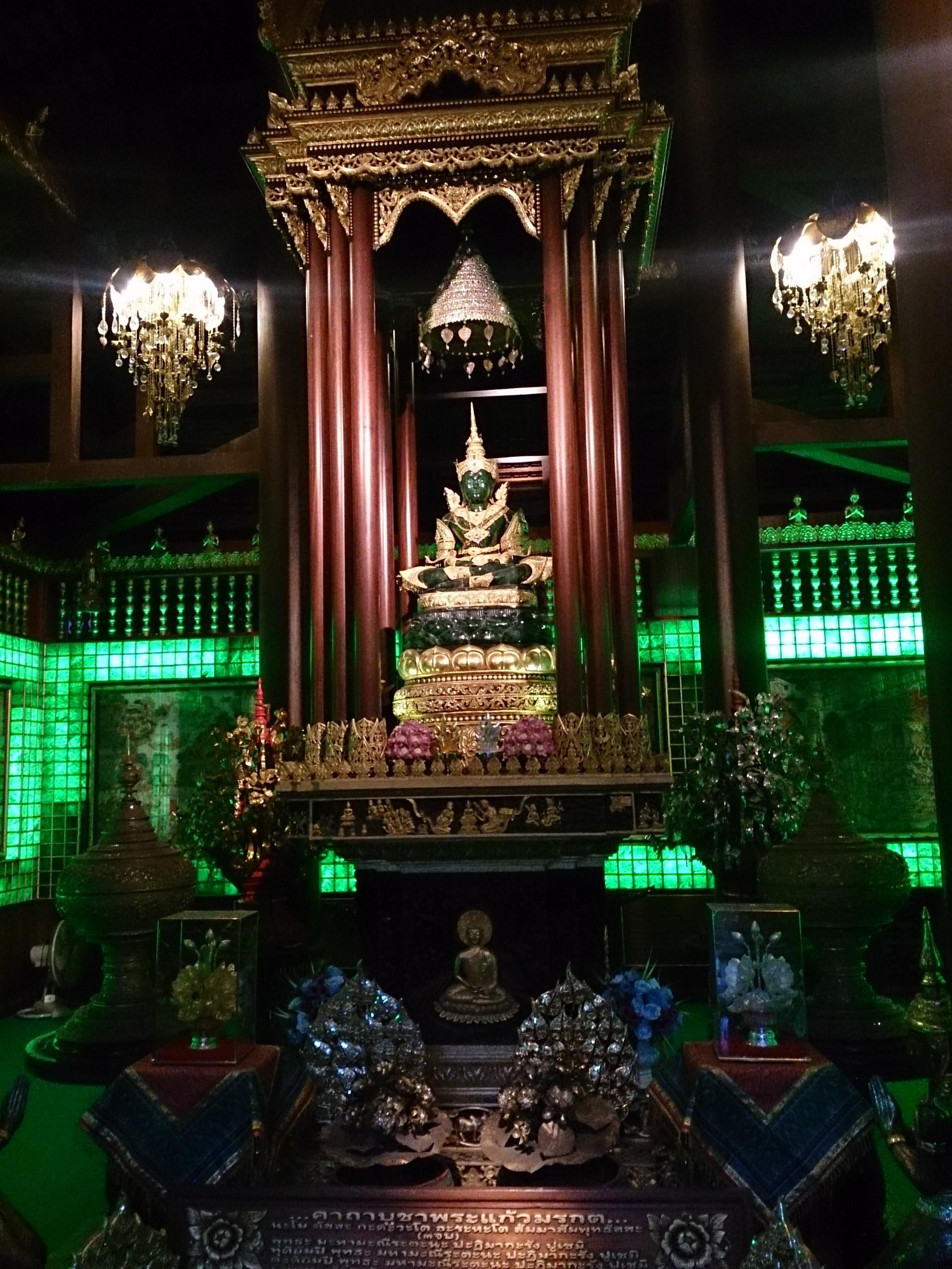 チェンラーイの街をぶらぶら→寺院いろいろ