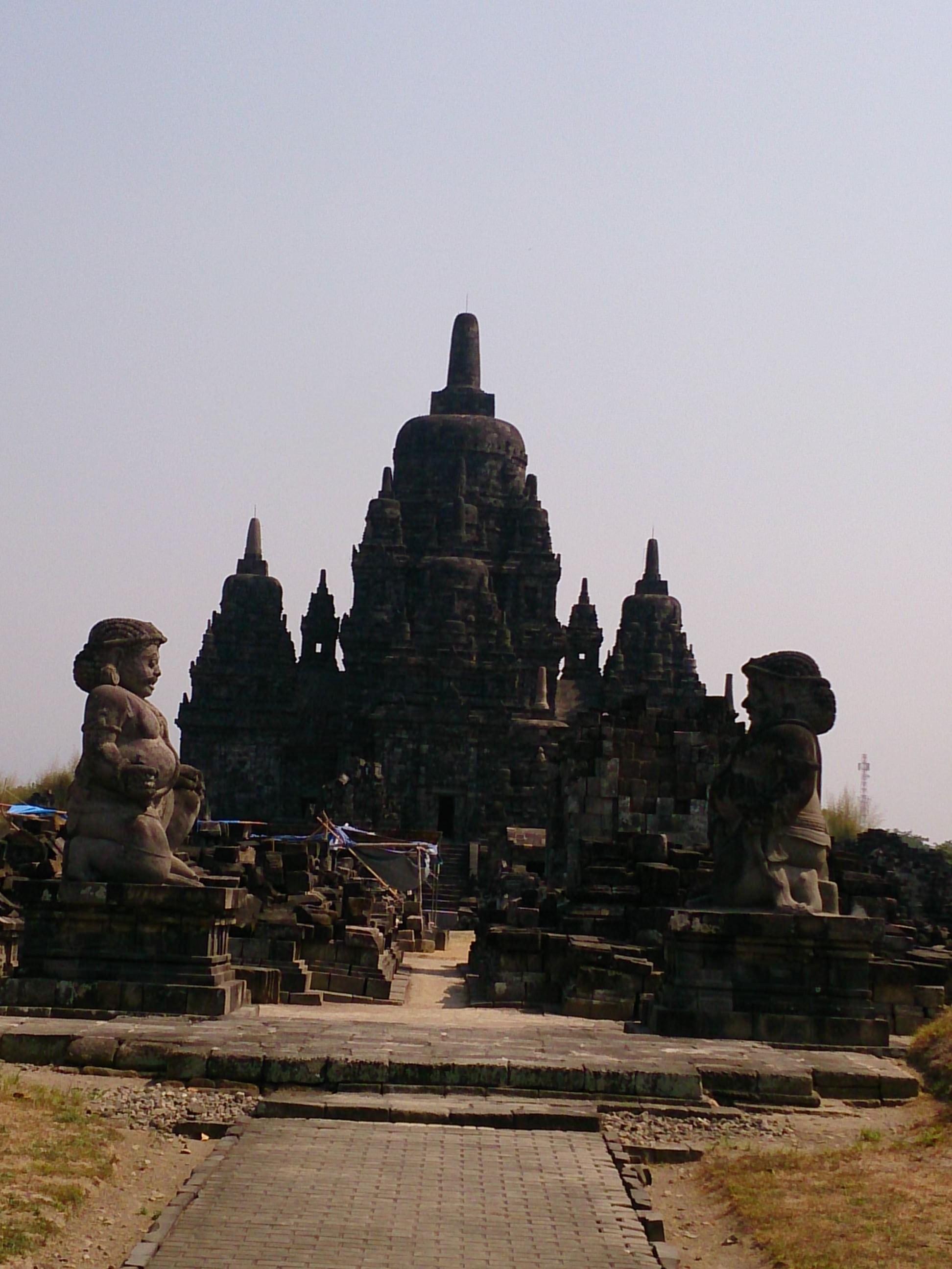 プランバナンのルンブン・ブブラ・セウ寺院