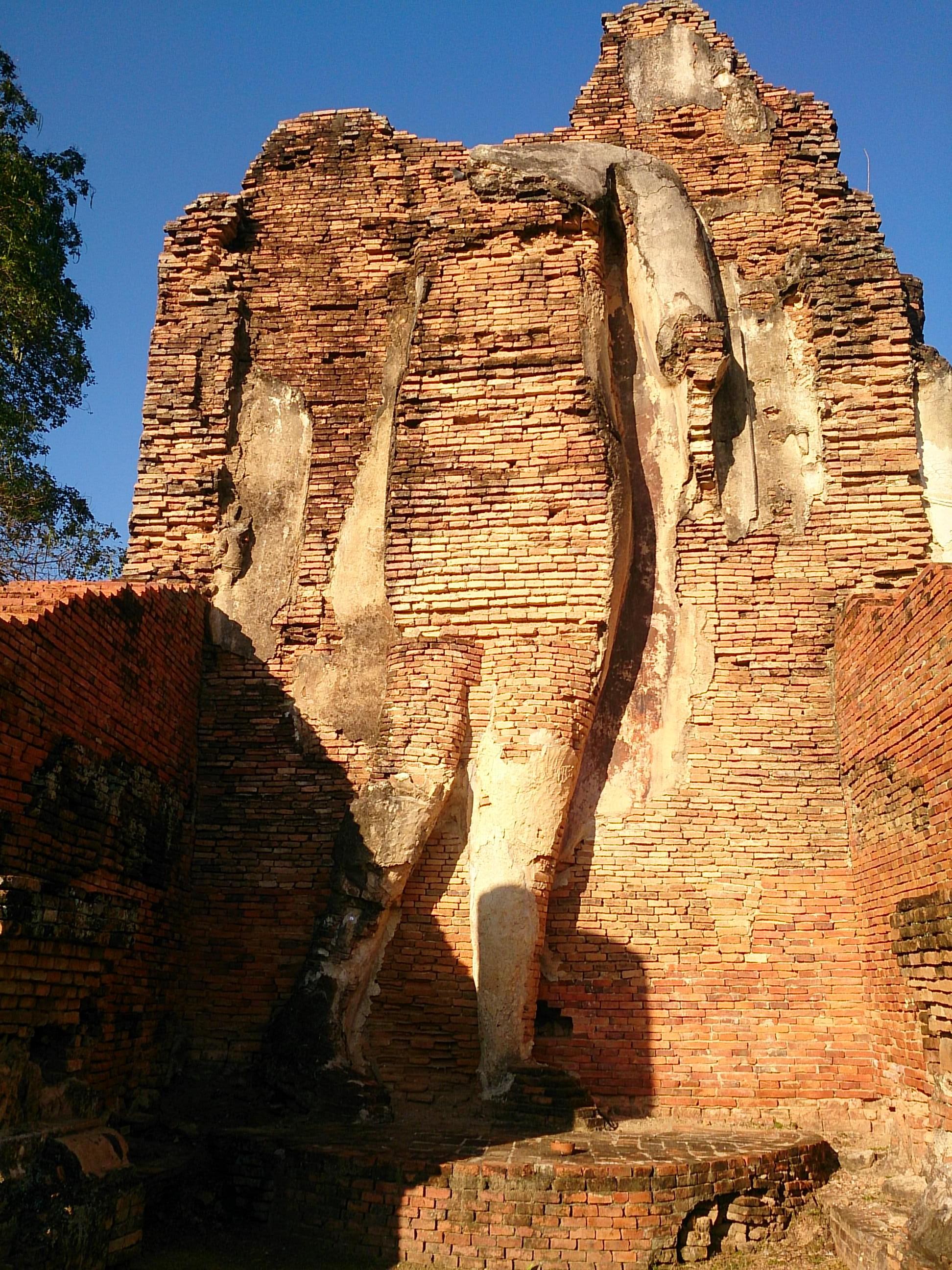 荒廃しきったスコータイ最古の遺跡 ワット・プラ・パーイ・ルアン
