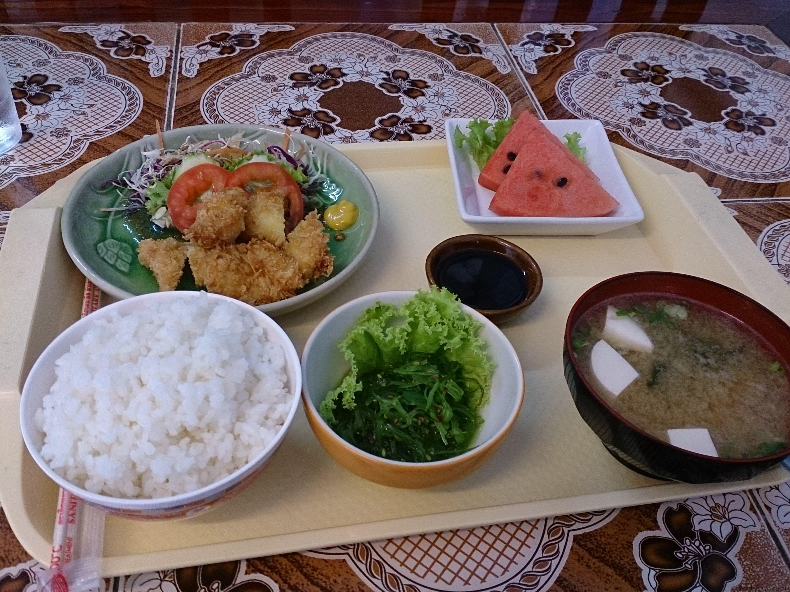 チェンマイの激安日本食@ごはん亭