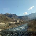 バス(ミニバン)でジョージアのトビリシからアルメニアのエレバンへ移動する