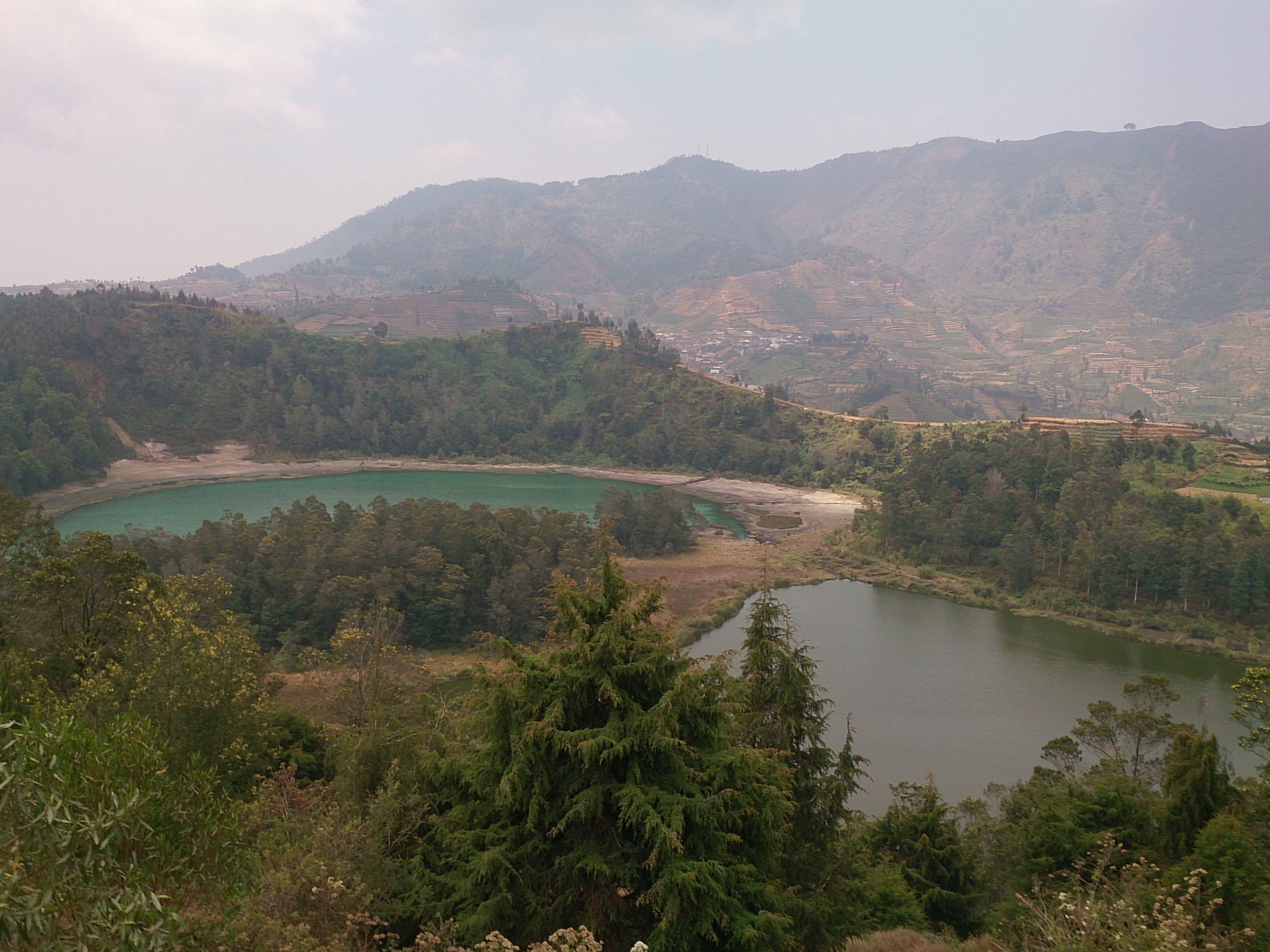ディエン高原の不思議なカルデラ湖