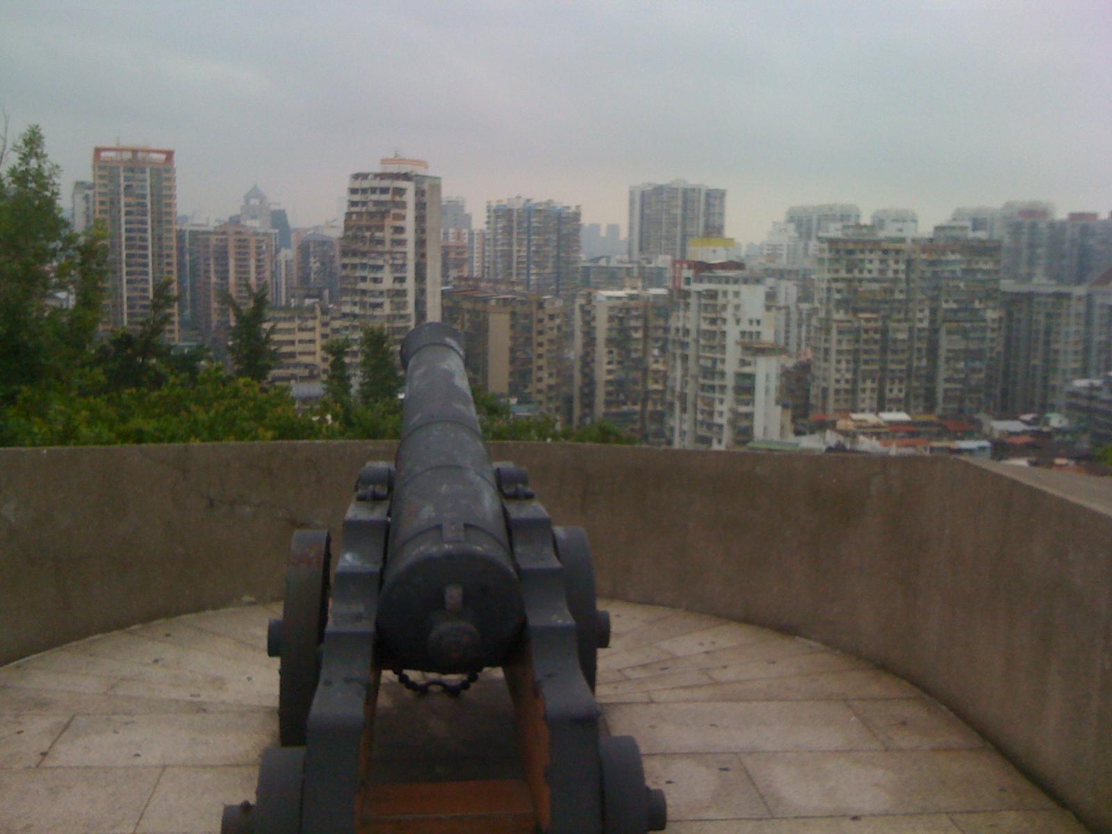 庶民の為の要塞跡・モンハの砦