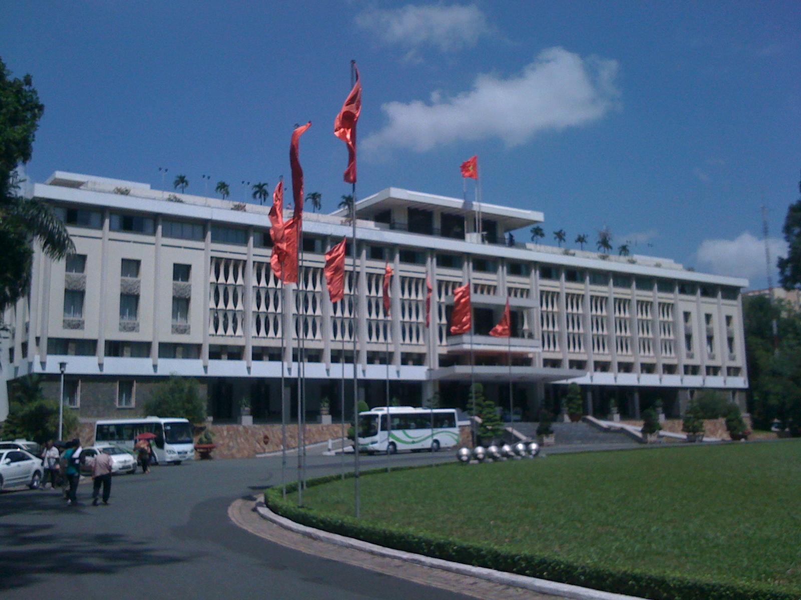 ベトナム戦争終結のシンボル・統一会堂(旧大統領官邸)
