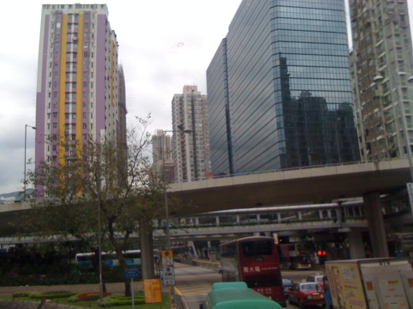 荃湾の高層マンション群に見る香港住宅事情