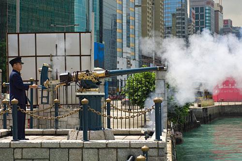 香港の地味観光スポット『ヌーン・デイ・ガン』