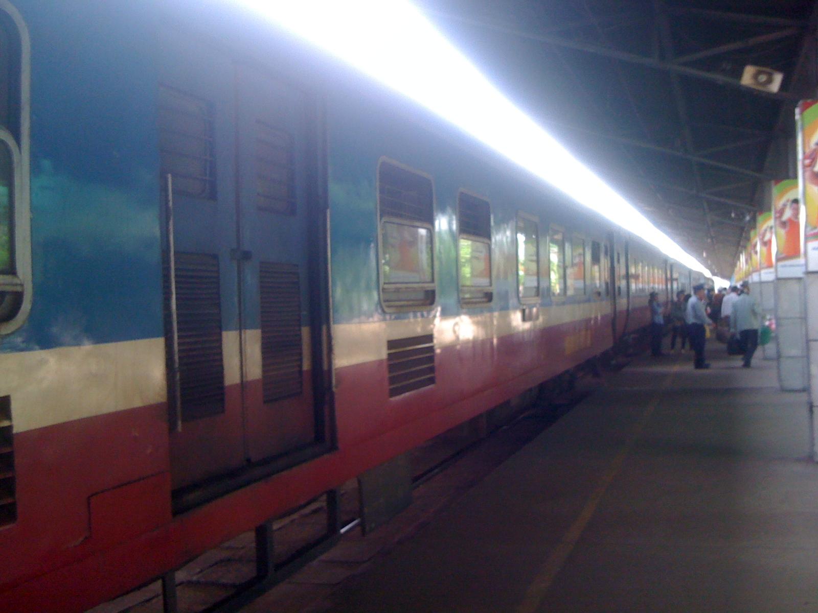ロマン溢れるベトナム南北統一鉄道