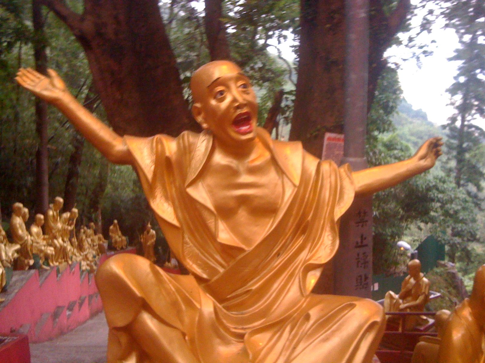 世界初の寺院型テーマパーク・萬佛寺