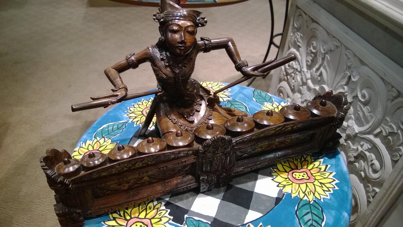 インドネシア全土の定番土産物が揃うパサラヤデパート