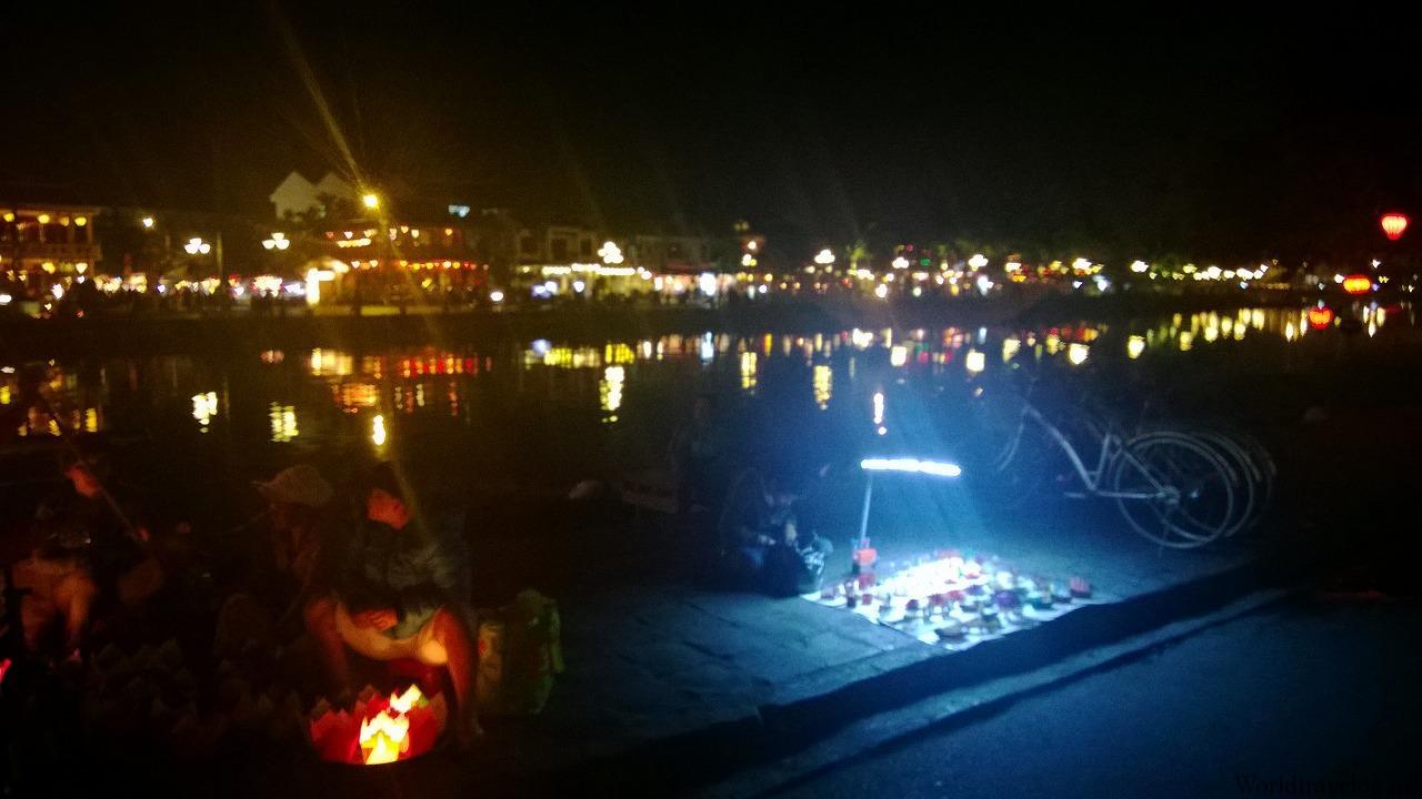 ホイアン初日の夜 幻想的な世界遺産の町並みに癒される