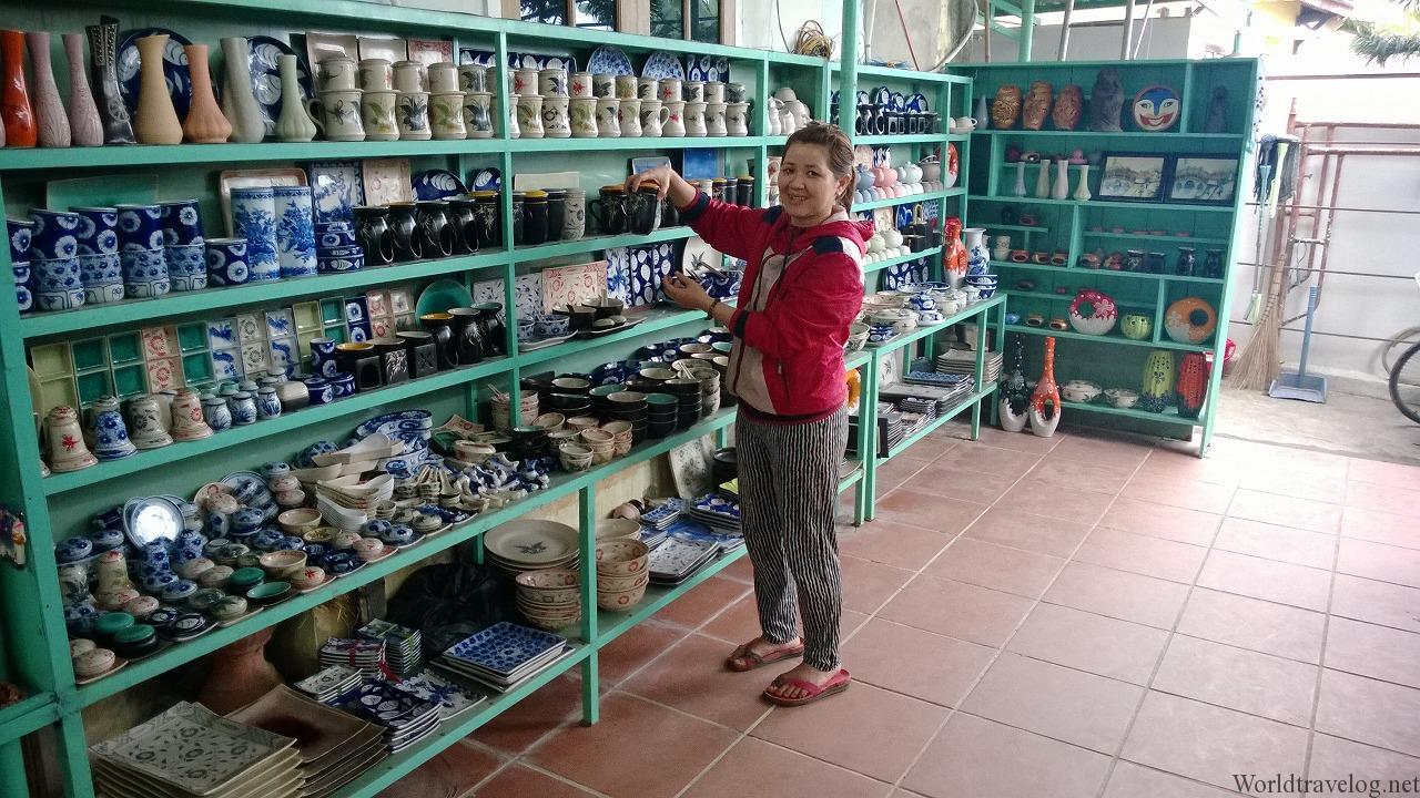 陶器作りの伝統工芸村・タンハーでろくろ体験