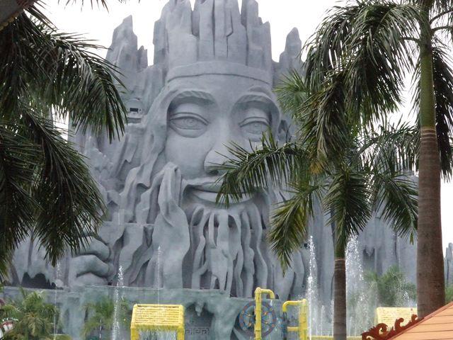ベトナムのディズニーランド・スイティエン公園